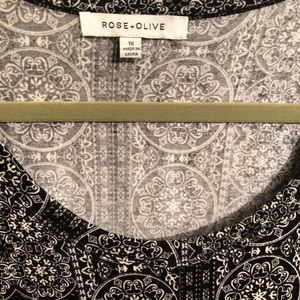 Rose and Olive 3/4 Sleeve Tunic 1x